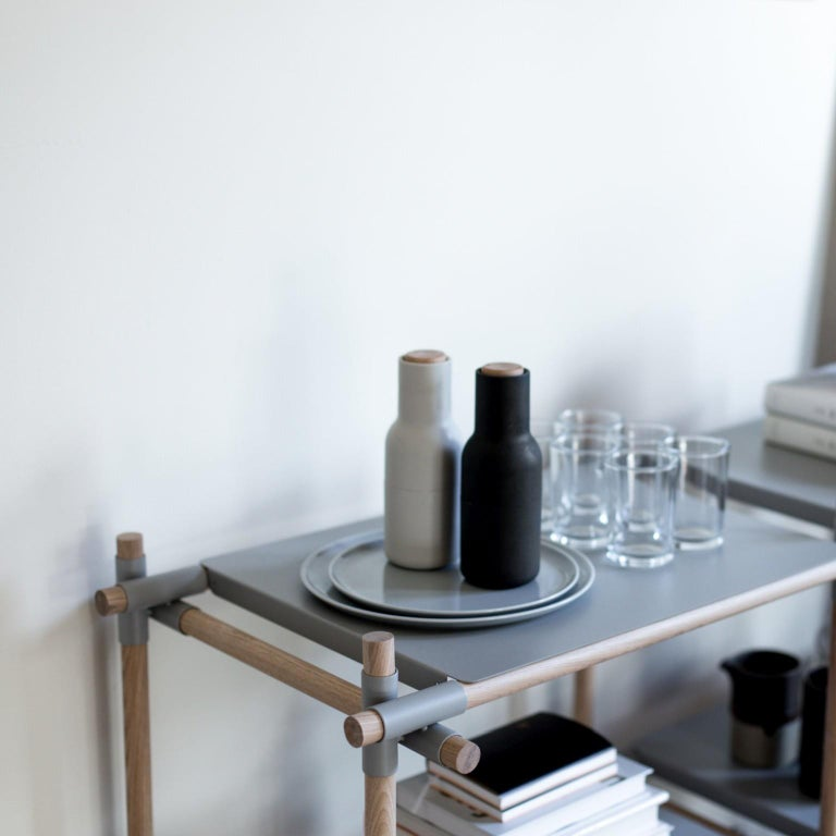 European Stick System, Light Grey Shelves with Grey Poles, 3x3 For Sale