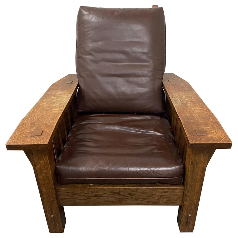 Stickley Arts & Crafts Mission Oak and Leather Armchair, circa 1920 For Sale