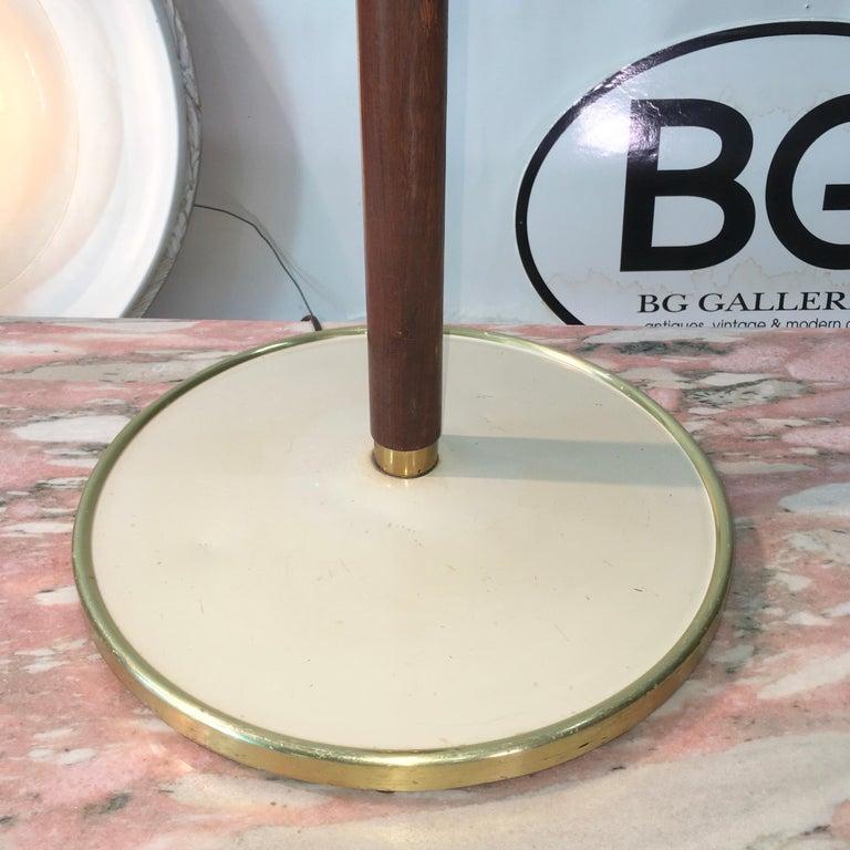 Mid-20th Century Stiffel Brass and Walnut Floor Lamp For Sale