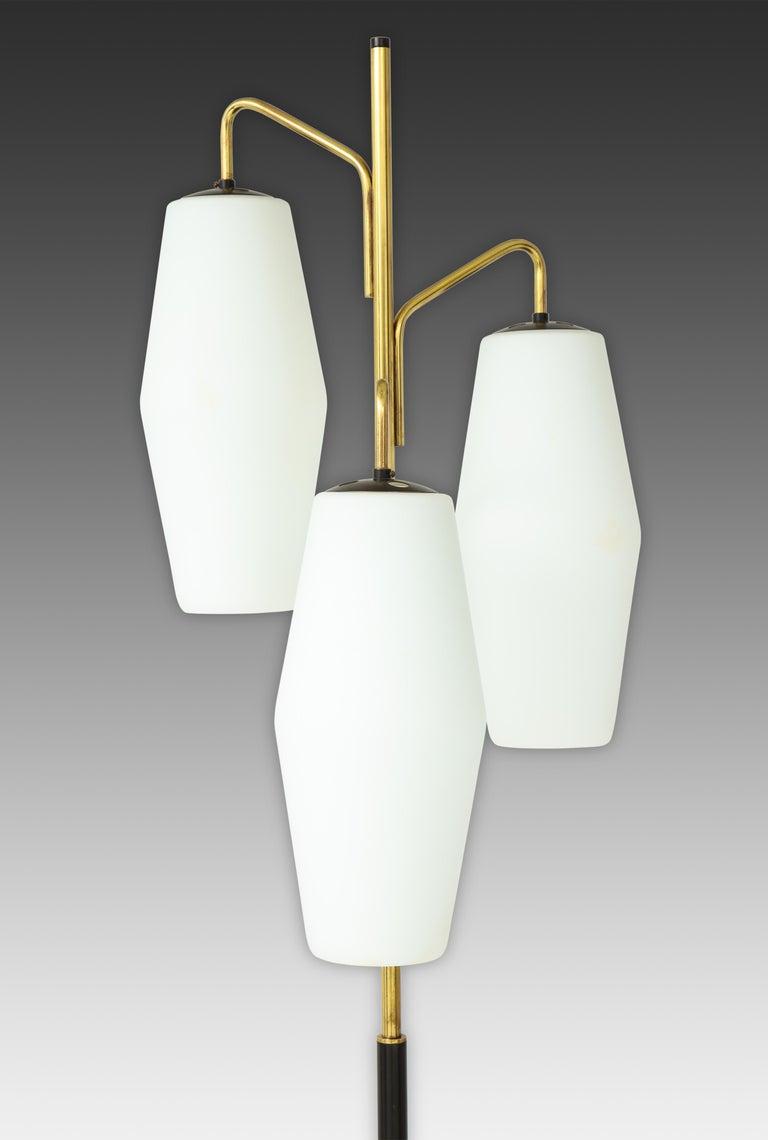 Italian Stiilnovo Pair of Floor Lamps Model 4052 For Sale