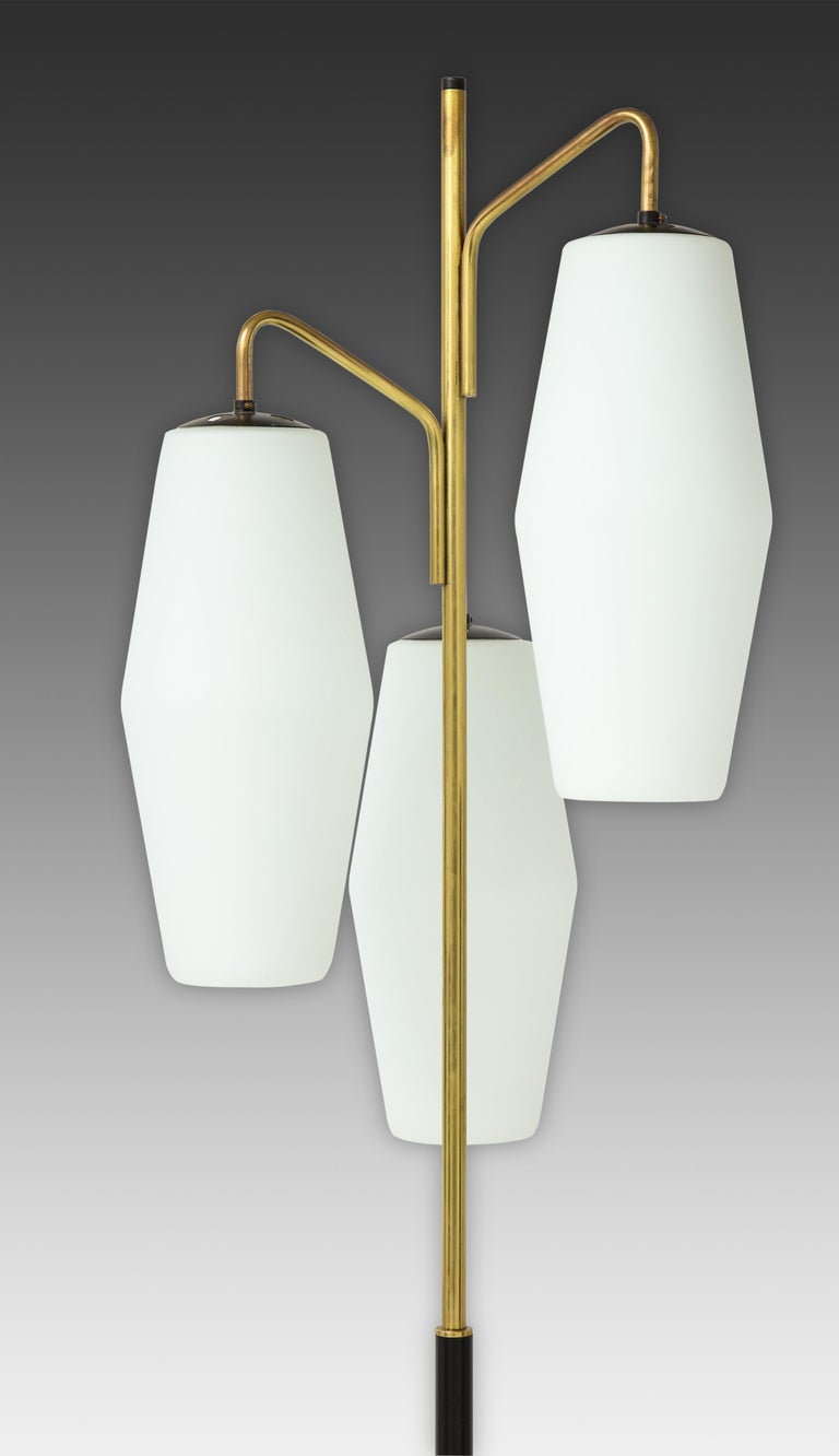 Frosted Stiilnovo Pair of Floor Lamps Model 4052 For Sale