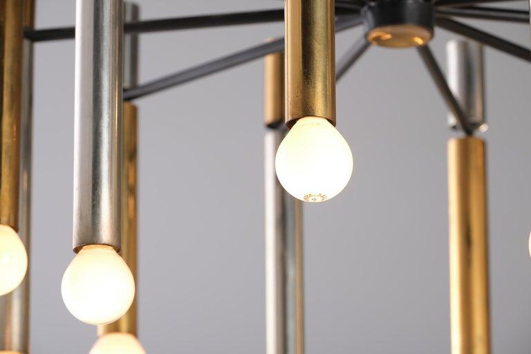 Stilnovo 12-Lights Chandelier in Brass and Aluminium, 1970 circa 4