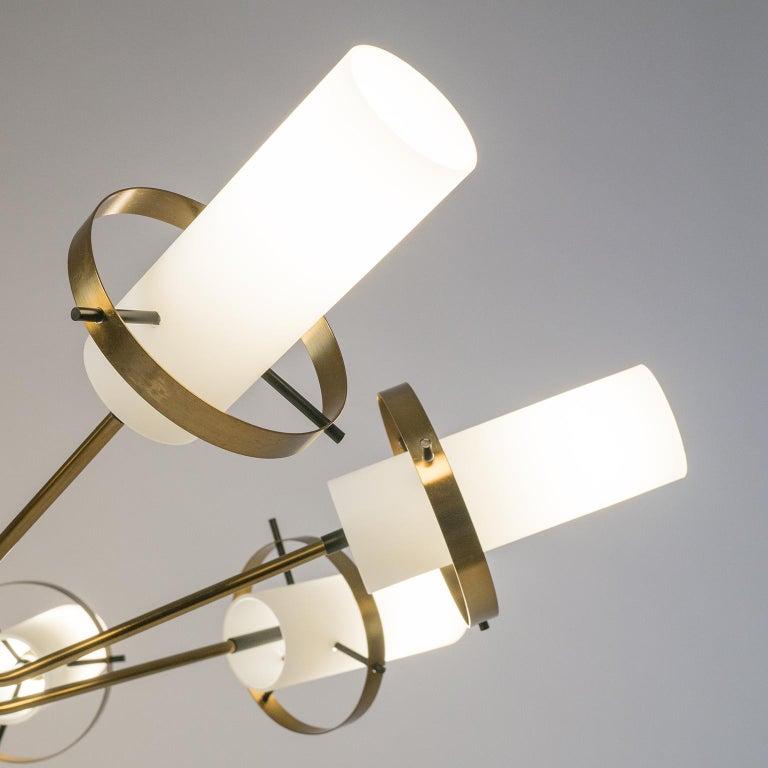 Modernist Chandelier, Stilnovo (Attr.), circa 1958, Brass and Satin Glass For Sale 6
