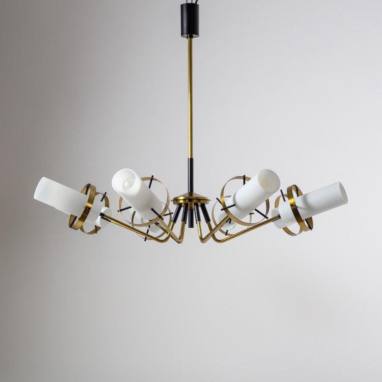 Modernist Chandelier, Stilnovo (Attr.), circa 1958, Brass and Satin Glass For Sale 9