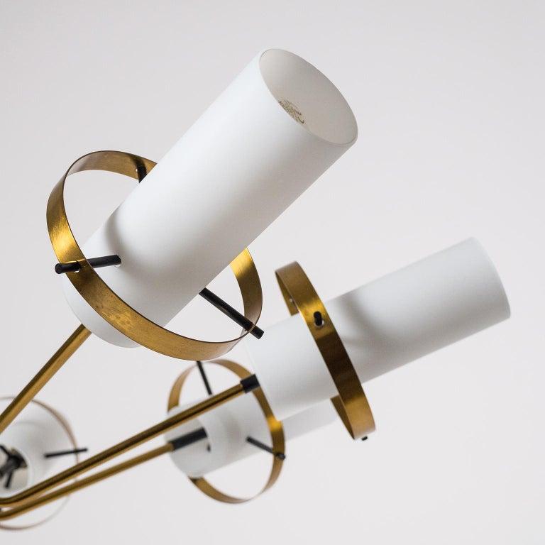 Modernist Chandelier, Stilnovo (Attr.), circa 1958, Brass and Satin Glass For Sale 2