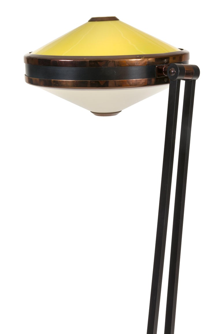 Painted Stilnovo Adjustable Yellow & White Perspex Floor Lamp Model 4067, Italy, 1960s For Sale