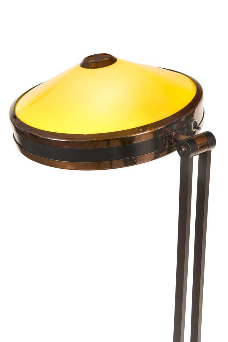 Stilnovo Adjustable Yellow & White Perspex Floor Lamp Model 4067, Italy, 1960s In Good Condition For Sale In New York, NY