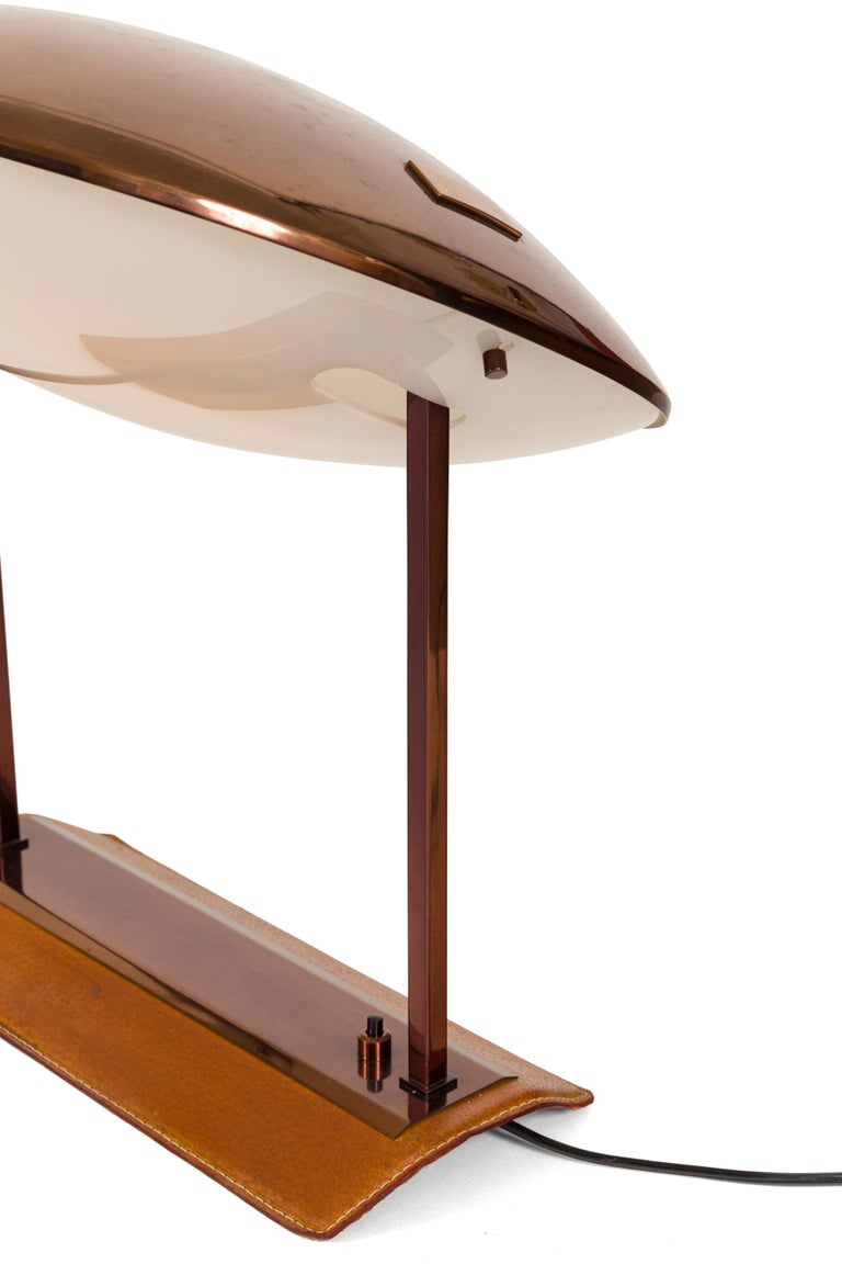 Mid-20th Century Stilnovo Brass, Leather & Perspex Adjustable Table Lamp Model 8050, Italy, 1950s For Sale