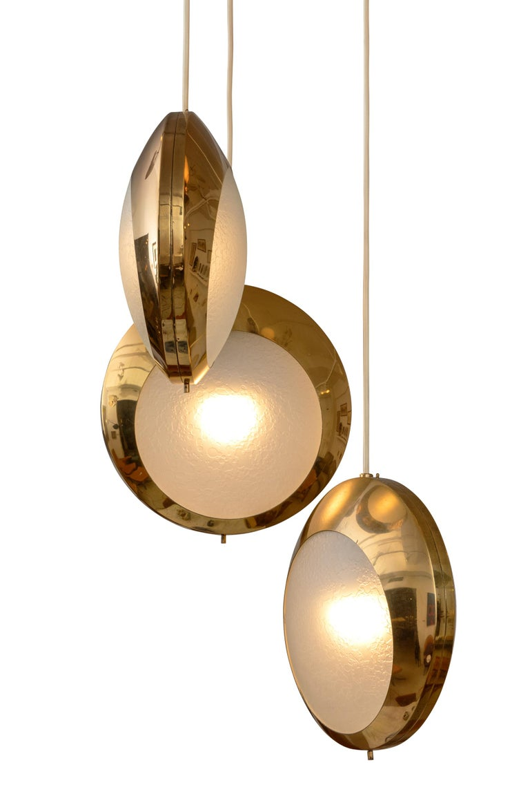 Italian Stilnovo Brass & Textured Glass Three Pendant Light, Italy, 1950s For Sale