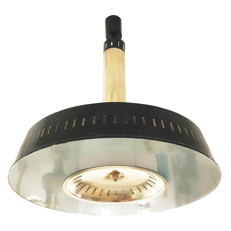 Stilnovo light fixture featuring a