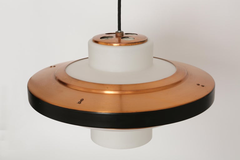 Stilnovo Ceiling Pendant Model 1219 In Good Condition For Sale In Brooklyn, NY