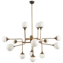 Stilnovo Chandelier Eighteen Lights Brass White Glass 1950, Italian