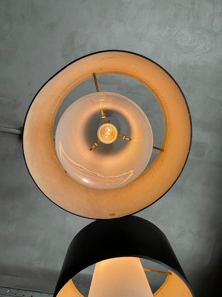 Frosted Stilnovo Chandelier White Cylinder Glass and Black Lacquered Metal, Italy, 1950s For Sale