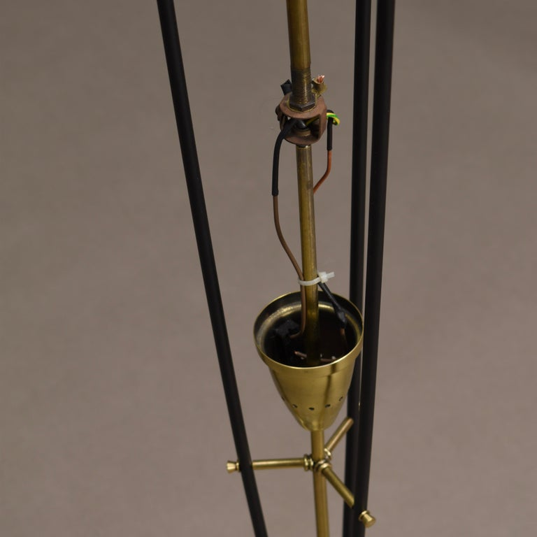 Stilnovo Floor Lamp in Hand Blown Murano Glass and Brass, Italy, circa 1950 For Sale 8