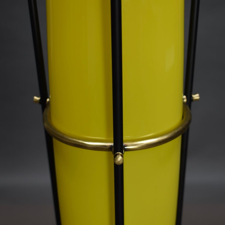 Stilnovo Floor Lamp in Hand Blown Murano Glass and Brass, Italy, circa 1950 For Sale 3