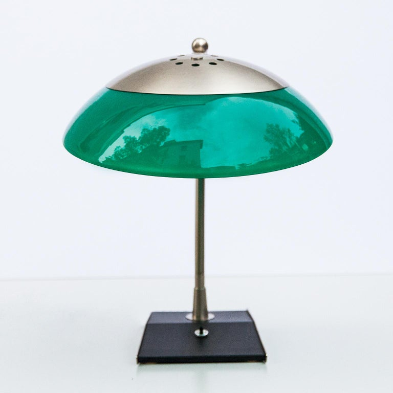 Mid-Century Modern Stilnovo Green Perspex Table Lamp Italy 1960s For Sale