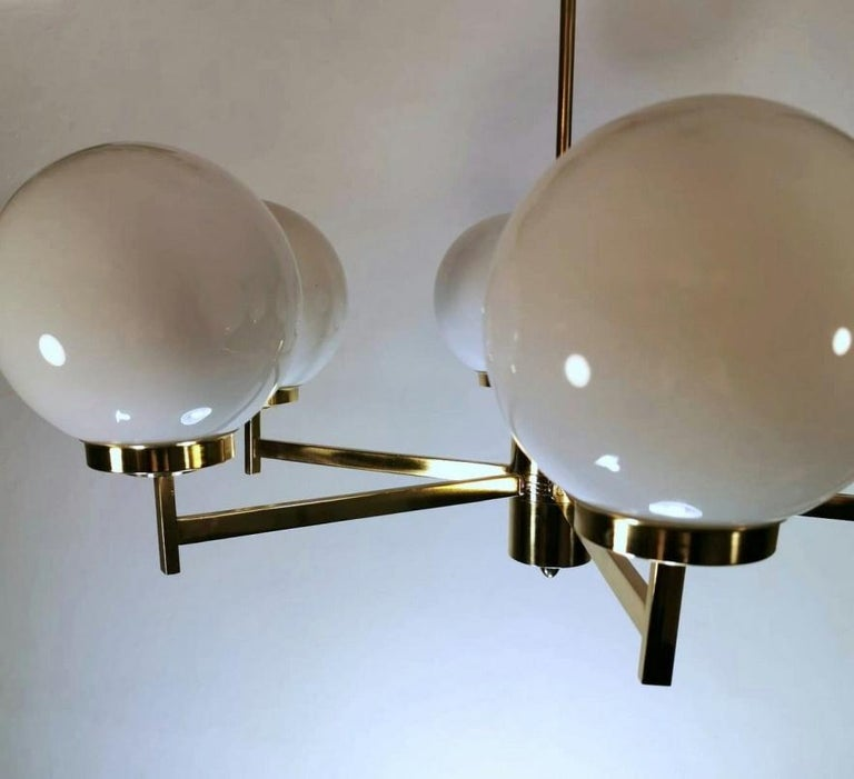 Stilnovo Italian Vintage Brass Chandelier, Opaline Glass Spheres For Sale 7