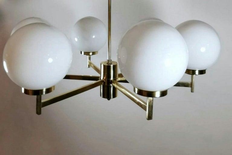 Stilnovo Italian Vintage Brass Chandelier, Opaline Glass Spheres For Sale 1