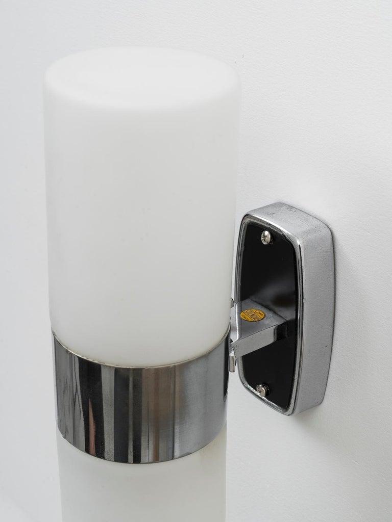 Italian Stilnovo Labeled Mod. 2143 Midcentury Triplex Opal Glass Wall Light, 1950s For Sale