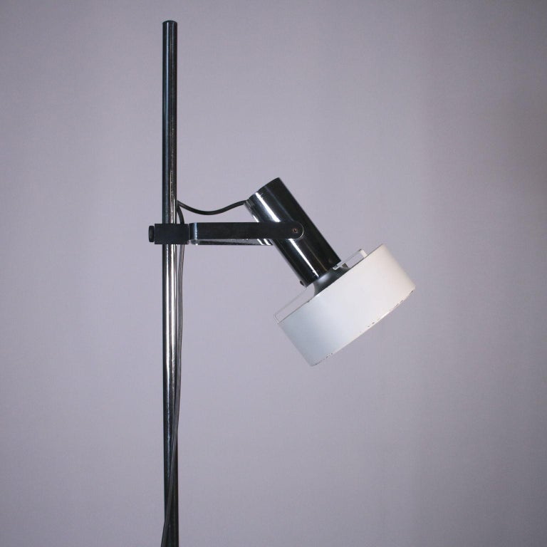 Stilnovo Lamp, Lacquered Aluminum and Chromed Metal, 1960s-1970s In Good Condition For Sale In Milano, IT