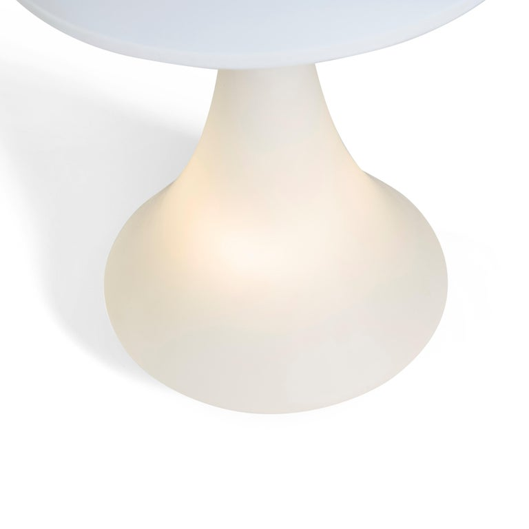 Mid-20th Century Italian Frosted Glass and Brass Lamp, circa 1950s For Sale