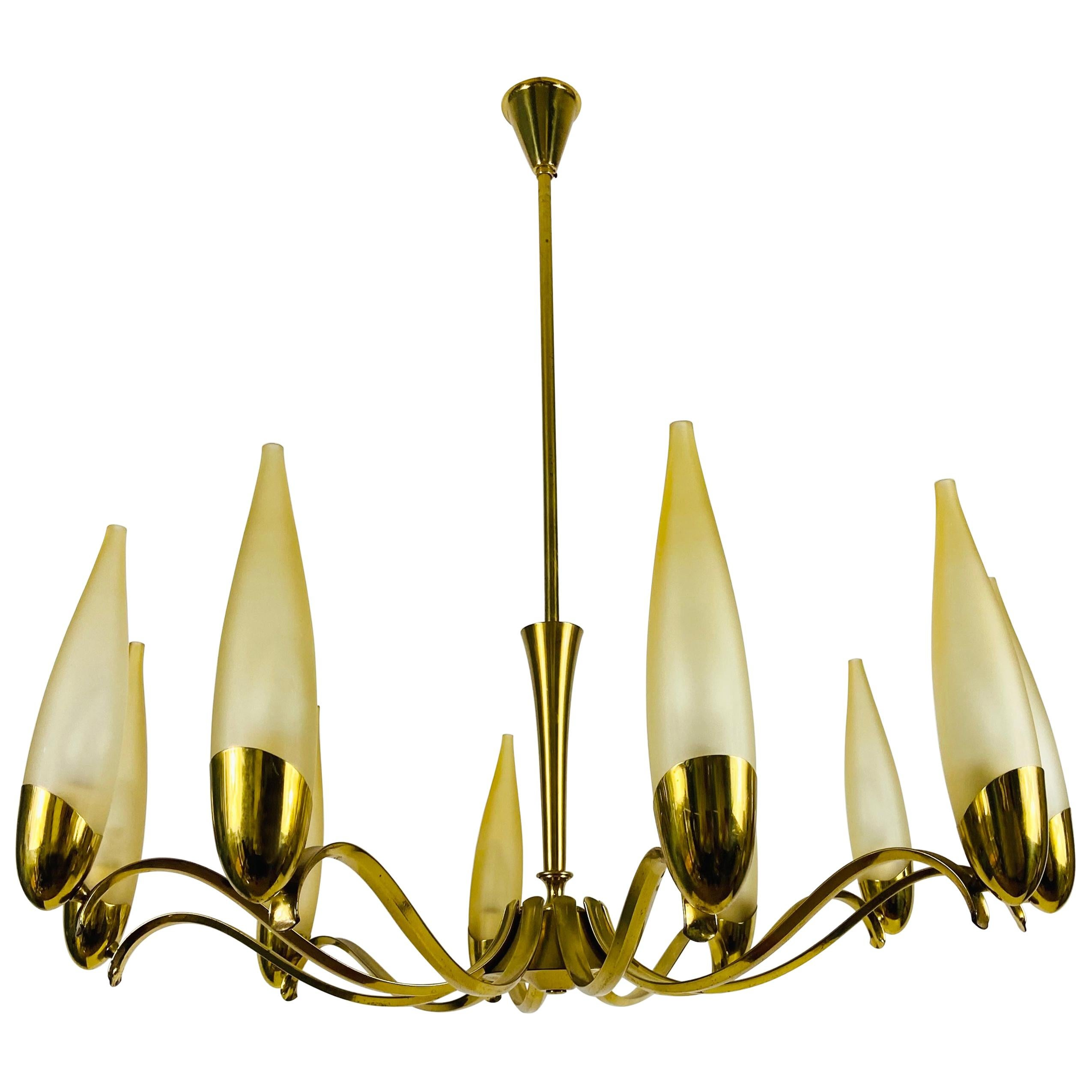 Mid-Century Modern Italian Brass and Glass Chandelier, 1960s