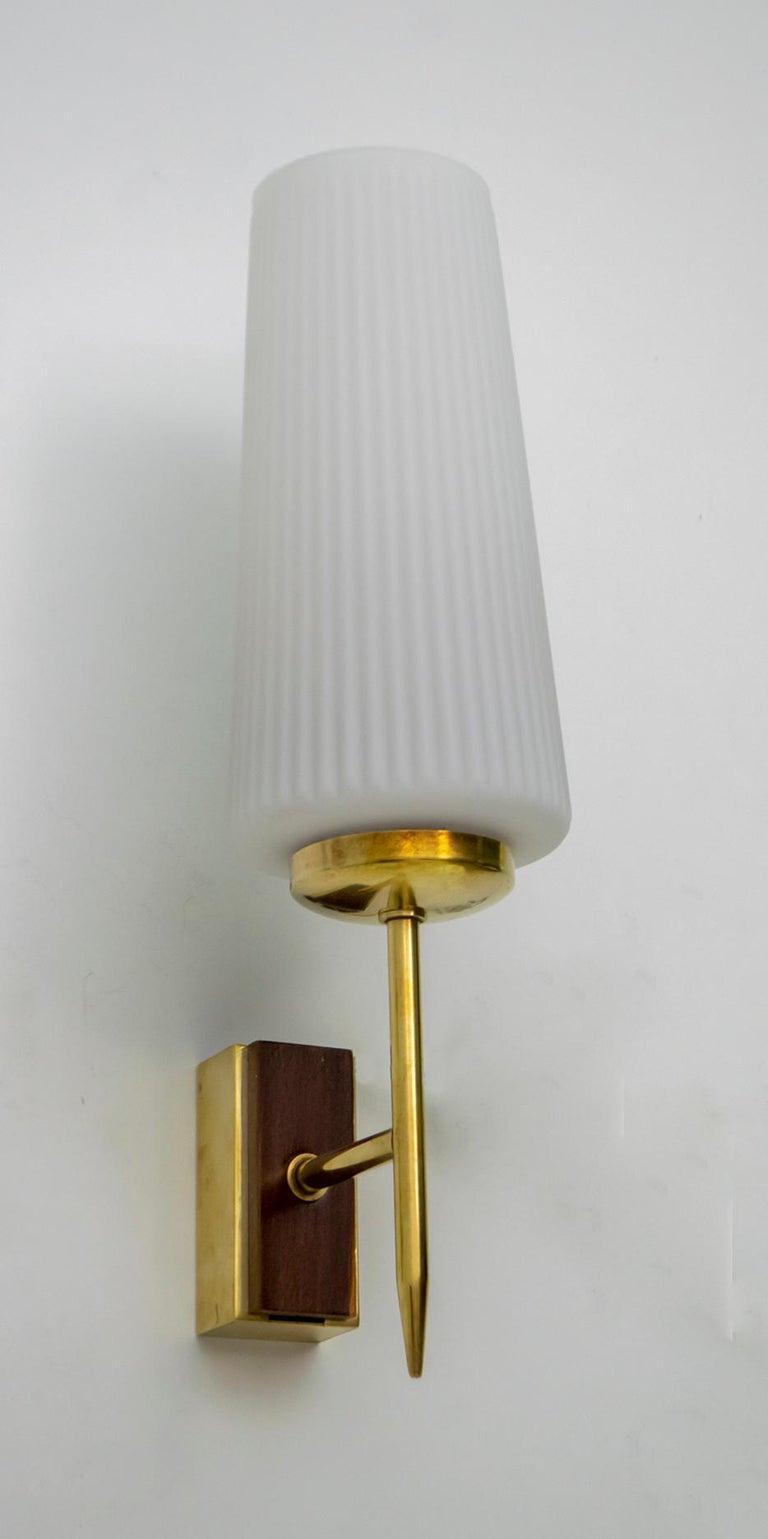 Stilnovo Mid-Century Modern Italian Brass and Opaline Glass Sconces, 1950s, Pair For Sale 4