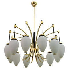 Stilnovo Mid-Century Modern Italian Brass Opaline Glass 12-Light Chandelier, 50s