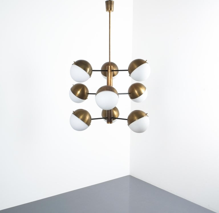 Stilnovo Midcentury Brass Opaline Glass Chandelier, Italy, circa 1950 For Sale 2