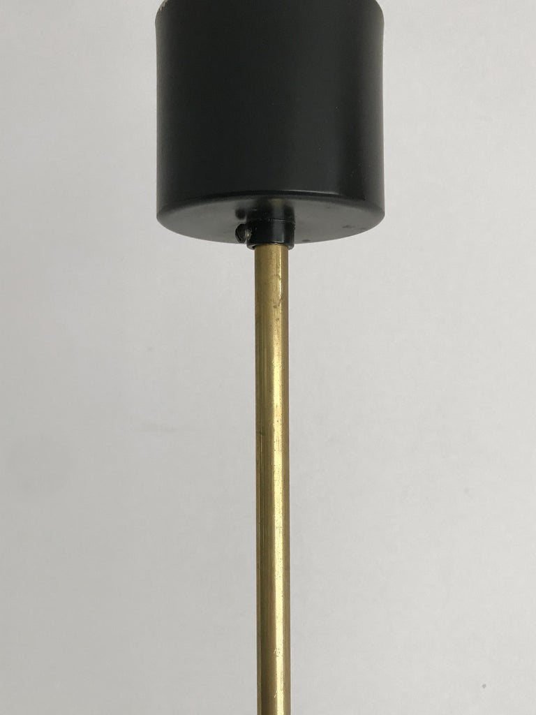 Stilnovo Midcentury Modern Design Italian Brass Glass Pendant Lamp, 1950s For Sale 10