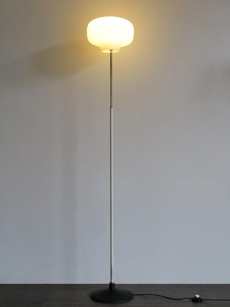Italian Mid-Century Modern design floor lamp produced by Stilnovo,