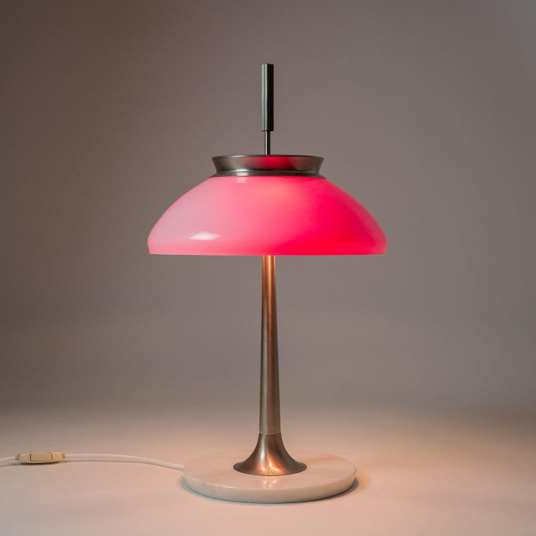 Italian Stilnovo Mod. 8091 Table Lamp, 1950s For Sale