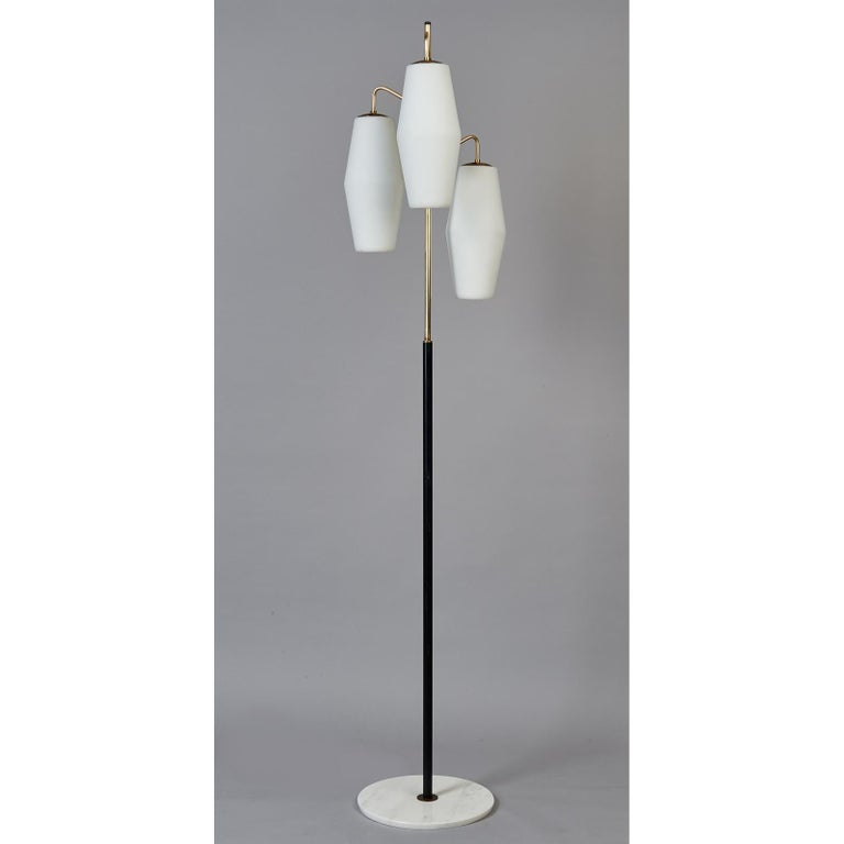 Mid-Century Modern Stilnovo Monumental Floor Lamp in Marble and White Glass, Italy 1950's For Sale