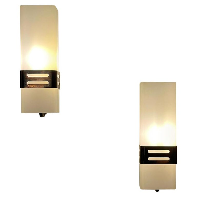 Stilnovo Pair of Wall Lights Brass Opal Glass, Italy, 1960s For Sale