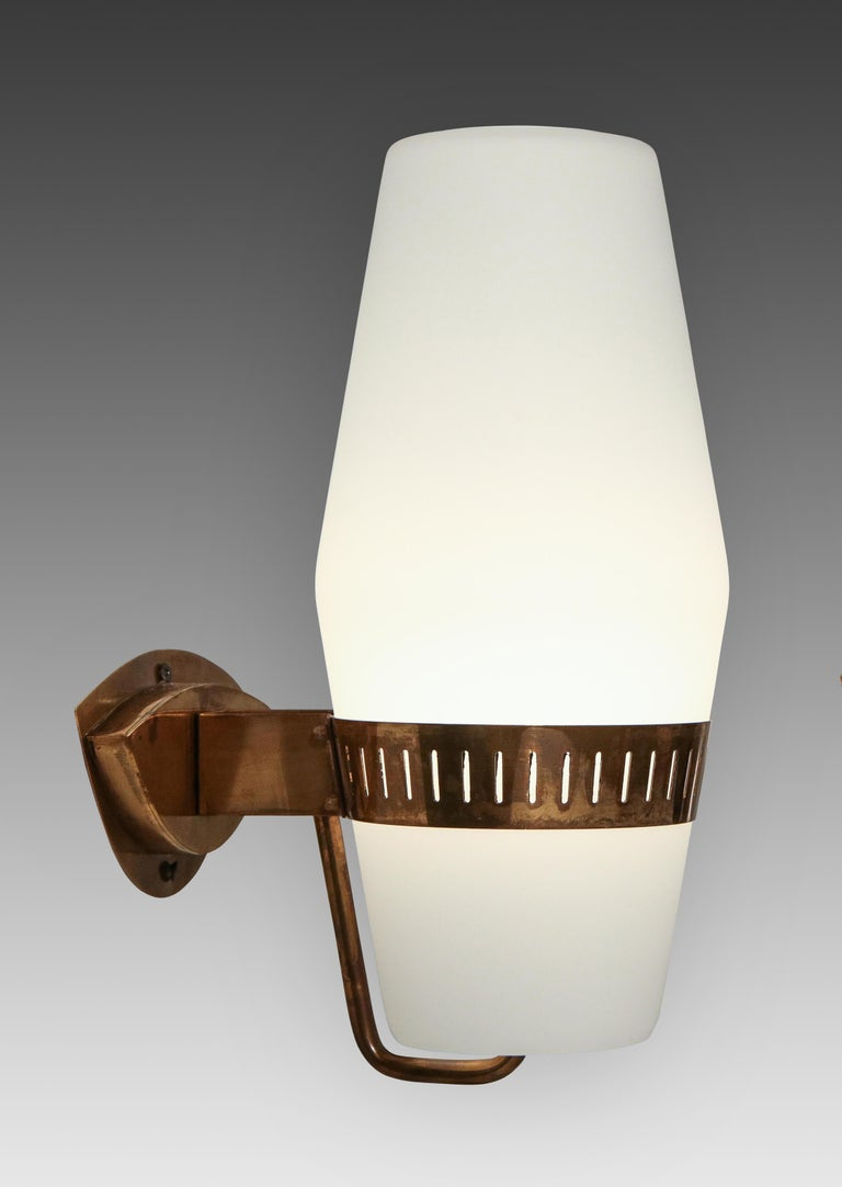 Mid-Century Modern Stilnovo Pairs of Sconces Model 2078 For Sale