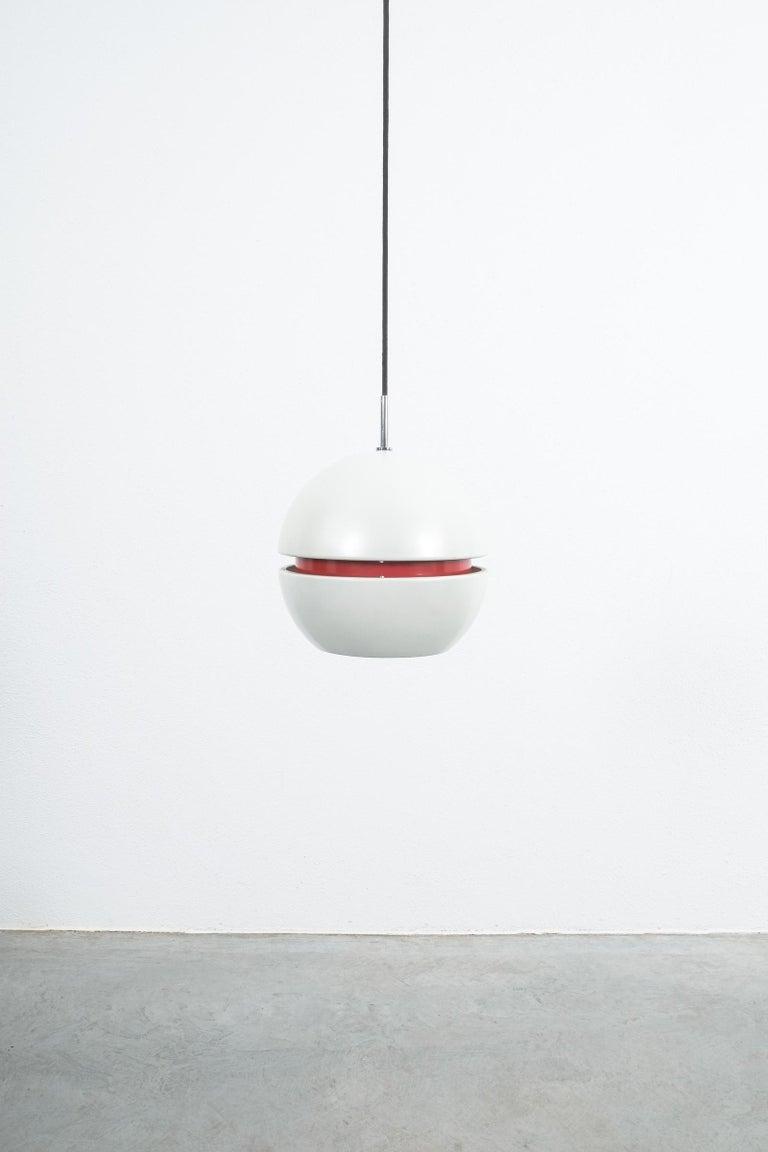 Mid-20th Century Stilnovo Pearl White Red Globe Pendant Lamp, circa 1965 For Sale