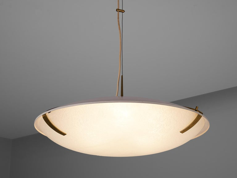 Mid-20th Century Stilnovo Pendant '1140' in Aluminium, Brass and Glass For Sale
