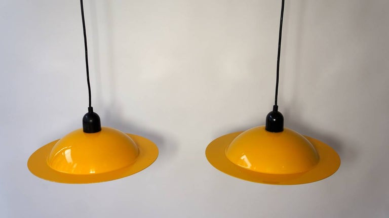 Two Stilnovo Pendant Lamps In Good Condition For Sale In Antwerp, BE