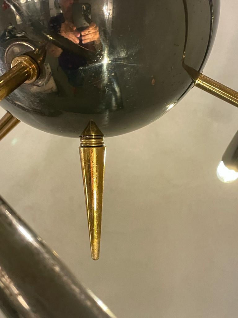 Stilnovo Sputnik Brass Chandelier Excellent Vintage Patina, Italy, 1950s In Excellent Condition For Sale In Catania, IT