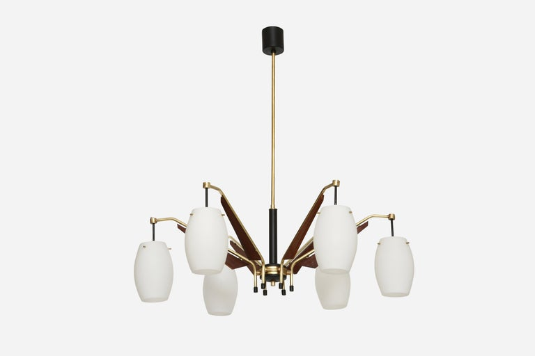 Stilnovo style chandelier.