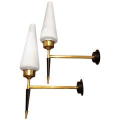 Stilnovo Style Pair of Mid-Century Modern Italian Brass Wall Sconces, circa 1950