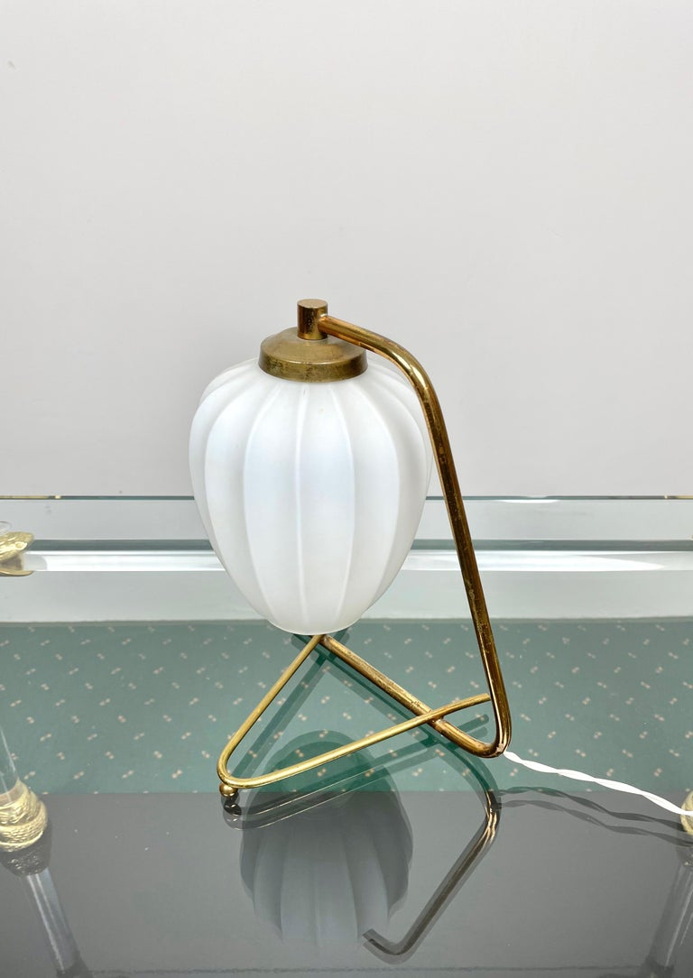Mid-20th Century Stilnovo Table Lamp Brass and Opaline Glass, Italy, 1950s For Sale