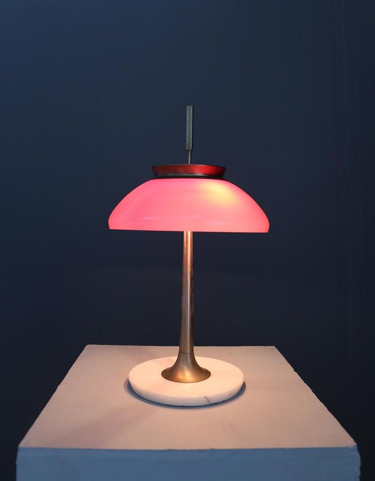 Italian Stilnovo Table Lamp Midcentury in Brass Mod. 8091, Original Label, 1950s