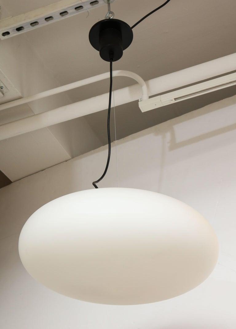 Mid-Century Modern Stilnovo White Glass Suspension Light/ 'UFO' Chandelier, Italy circa 1950s-1960s For Sale