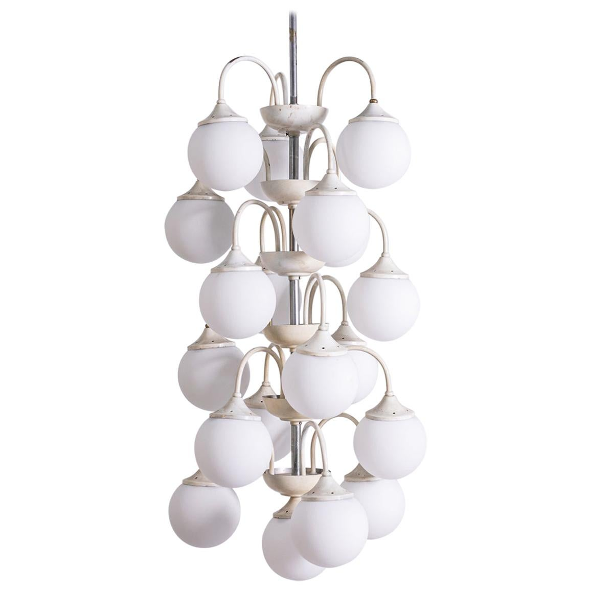 Stilnovo White Pendant Chandelier in Painted Brass with 18 Lights, 1950s