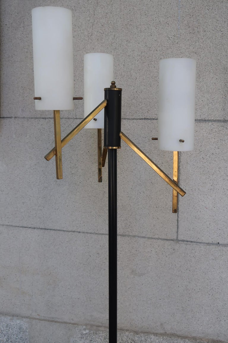 Stilux, Opaline Glass, Marble & Brass Midcentury Italian Floor Lamp, 1950 For Sale 1