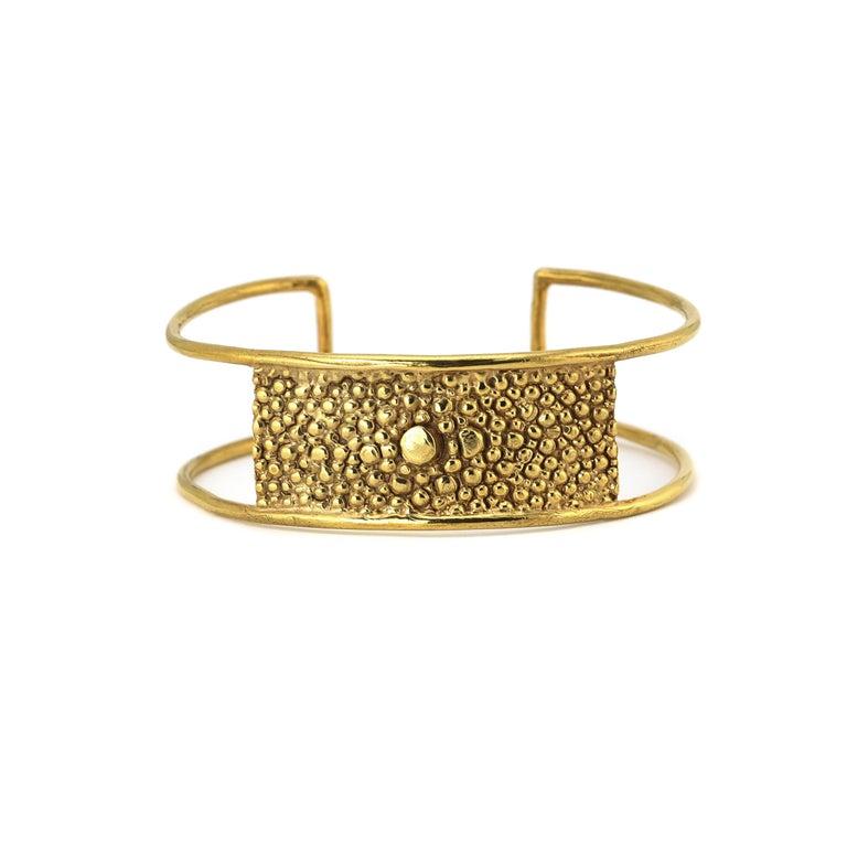 Contemporary Lauren Newton Stingray Bar Cuff Bracelet in Textured Metal For Sale