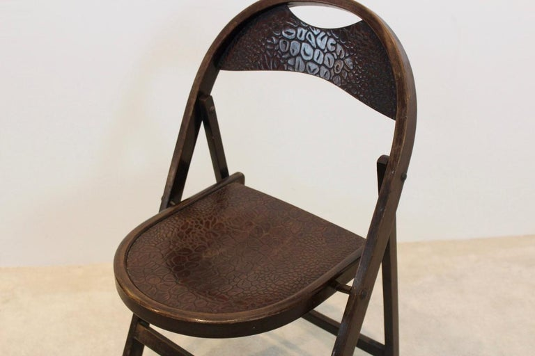 Stock of Solid Wood Bauhaus Folding Chairs with Unique Croco Woodprint, Thonet For Sale 5