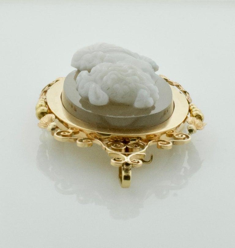 Stone Cameo Brooch Pendant, circa 1900 For Sale 1