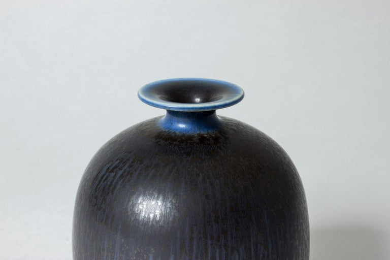 Stoneware Vase by Berndt Friberg In Good Condition For Sale In Stockholm, SE